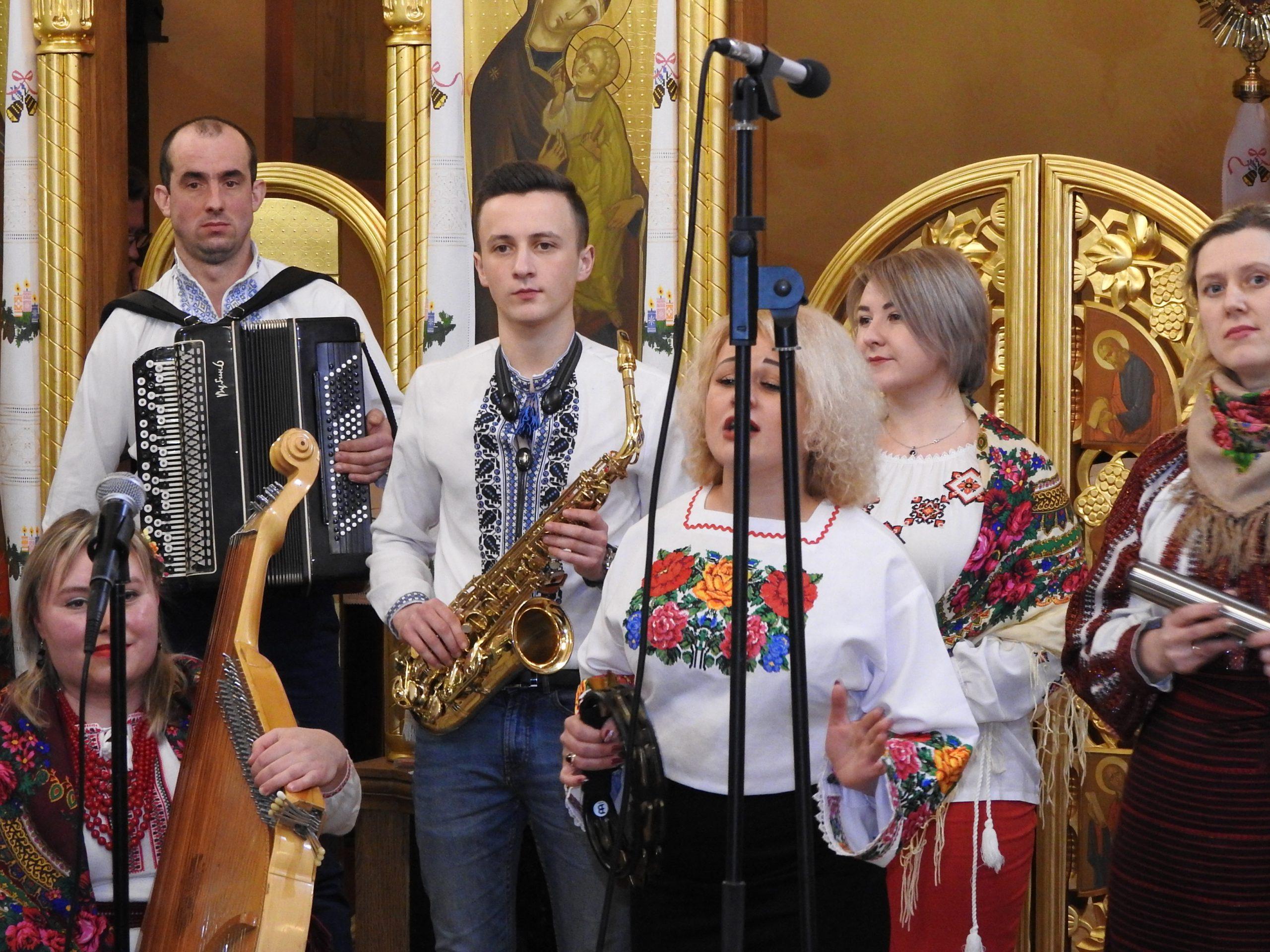 Вокально-інструментальний ансамбль, с. Зимна Вода